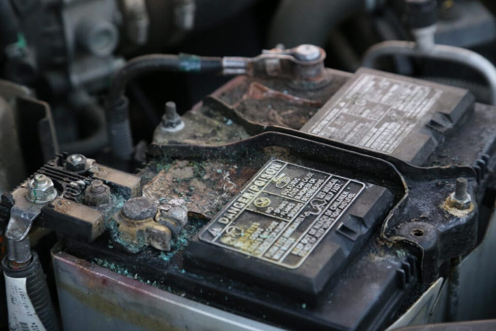 Car Batteries In Arizona typically only last 2-3 years