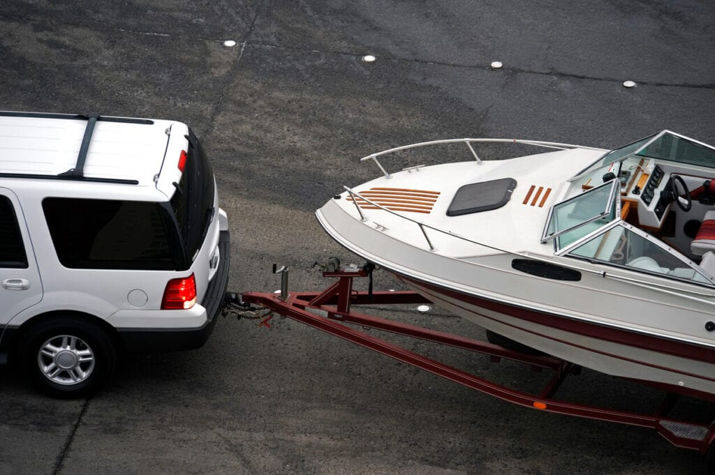 Car towing with trailer - Arizona Trailer Registration